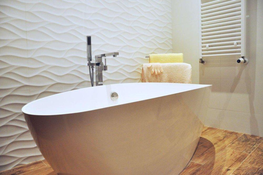 5 Powodów Dlaczego Płytki Drewnopodobne W łazience Stały