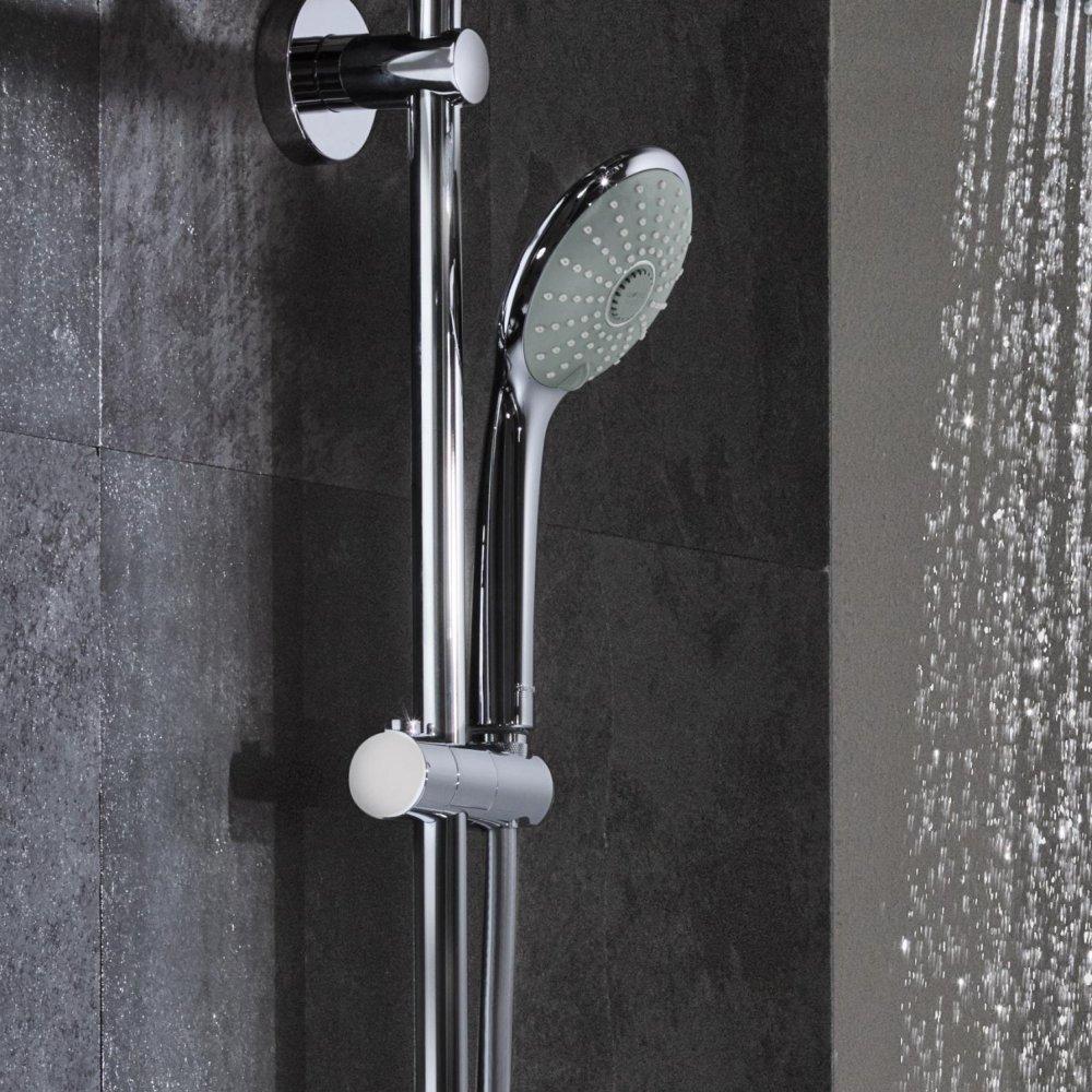 Nowoczesny prysznic.