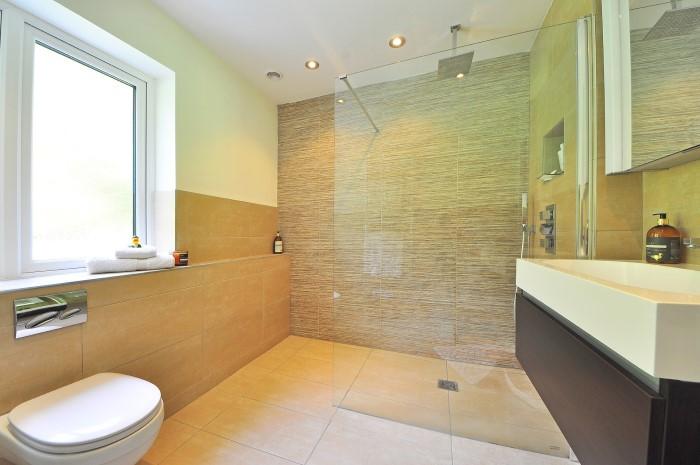 Kamień dekoracyjny w łazience